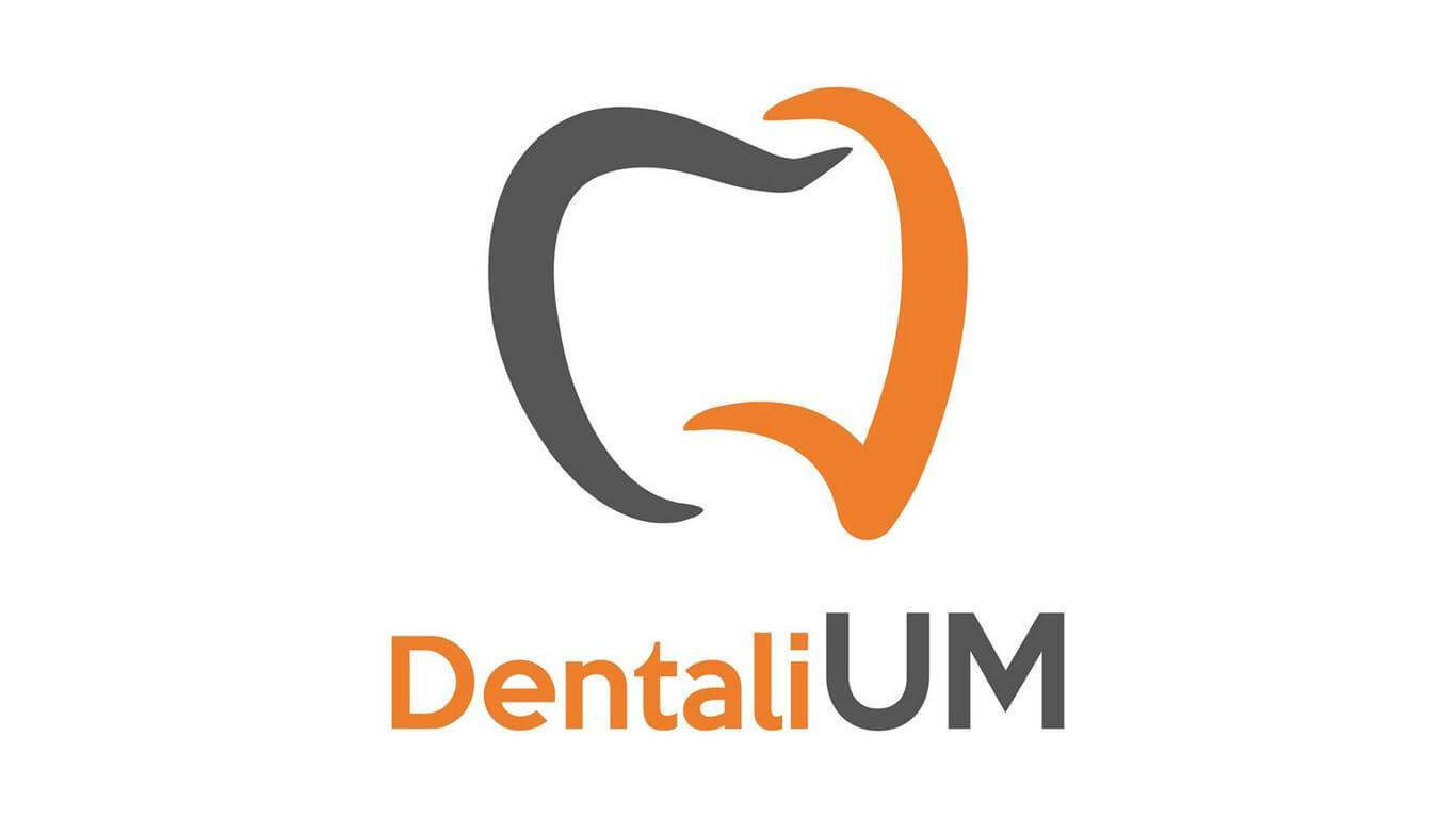 DentaliUM