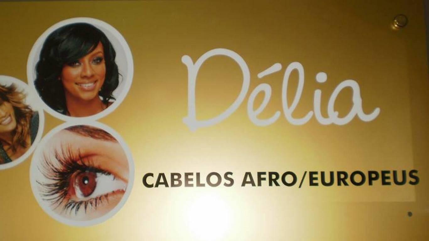 Délia - Cabelos Afro e Europeus